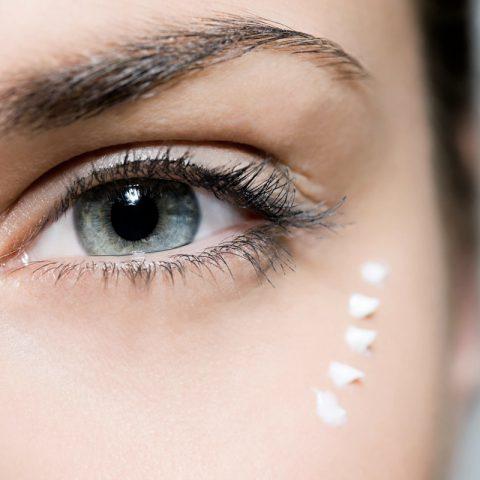 ¿Qué deberías buscar en las Cremas para Ojos? Los 7 ingredientes más valiosos